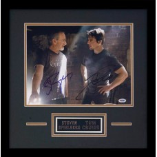 """Item # 0190 - Steven Spielberg & Tom Cruise - Signed """"War of the Worlds"""" Photo - PSA"""